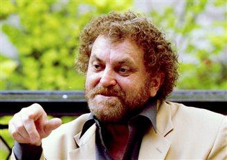 Polish director Andrzej Kondratiuk dies