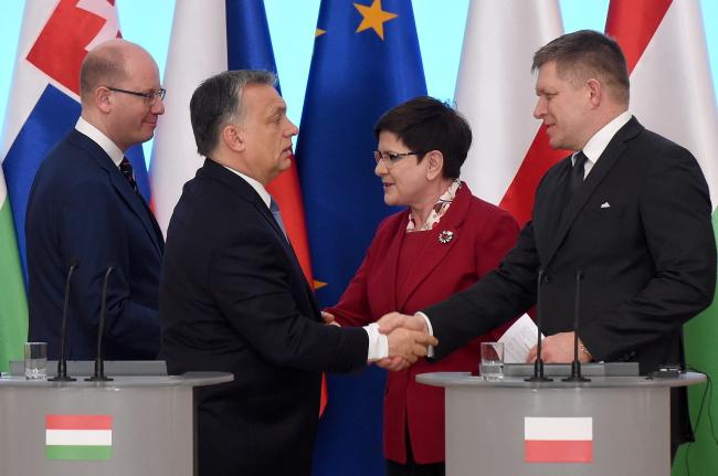 Prime Ministers of the Visegrad Group, Czech PM Bohuslav Sobotka, Hungarian PM Viktor Orban, Polish PM Beata Szydło and Slovak PM Robert Fico. Photo: PAP/Radek Pietruszka.