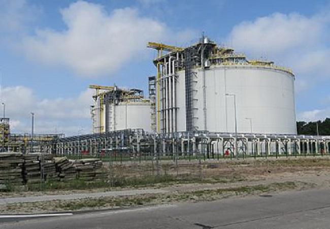 Świnoujście LNG terminal. Photo: Wikimedia Commons/Maciek Kwiatkowski.