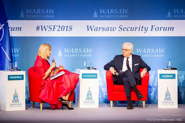 Polish Foreign Minister Jacek Czaputowicz (right) takes part in the Warsaw Security Forum. Photo: Tymon Markowski/MSZ