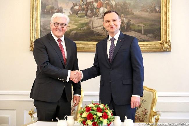 Präsident Andrzej Duda (r) und Bundespräsident Frank-Walter Steinmeier in Warschau. (Archivbild)
