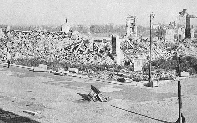Варшава после освобождения от фашистов