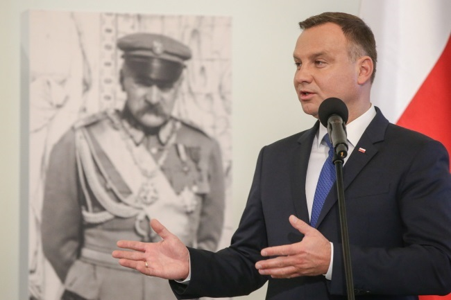 President Duda speaks at the first meeting of the Committee for National Commemorations of the 100th Anniversary of Poland Regaining Indpendence. Photo: PAP/President's Office/Grzegorz Jakubowski