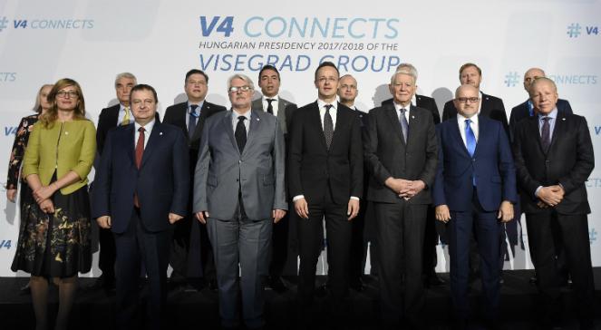Uczestnicy szczytu V4 i państw Bałkanów Zachodnich