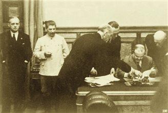 Литва: річниця Пакту Молотова-Ріббентропа