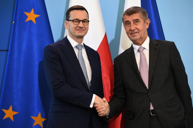 Mateusz Morawiecki meets Andrej Babis. Photo: PAP/Jacek Turczyk