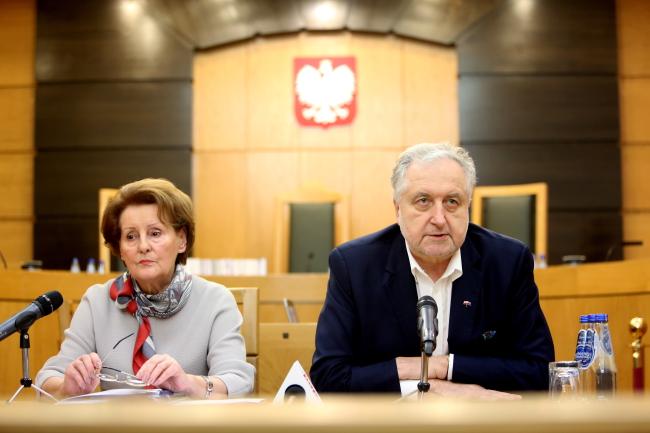 President of the Constitutional Tribunal Andrzej Rzepliński (R) and Judge  Sławomira Wronkowska-Jaśkiewicz. Photo: PAP/Leszek Szymański