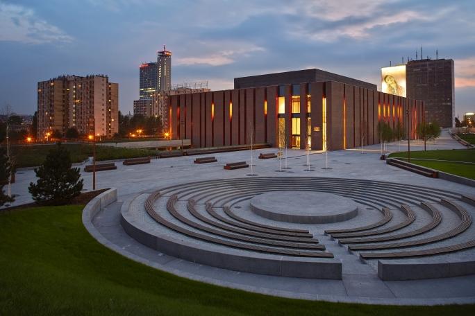 Будівля Національного симфонічного оркестру Польського радіо в місті Катовиці