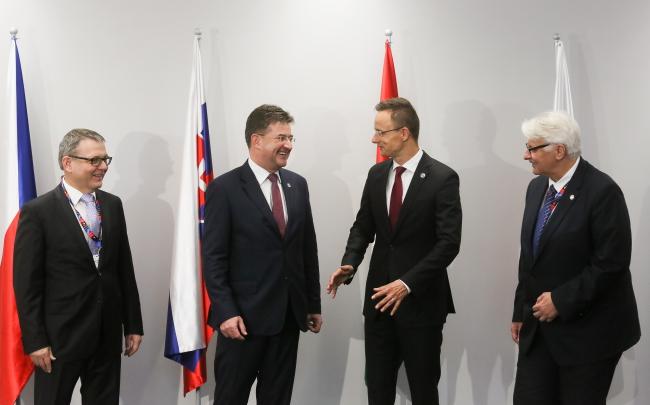 Міністри закордонних справ Вишеградської групи. Варшава, 9 липня 2016