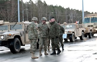 US Combat team arrives in Poland