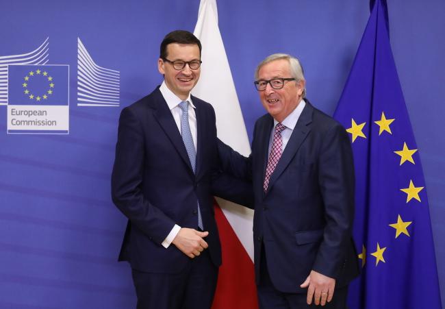 Mateusz Morawiecki and Jean-Claude Juncker. Photo: PAP/Paweł Supernak.