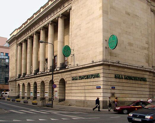 Warsaw National Philharmonic. Photo: Wikimedia Commons/Szczebrzeszynski.