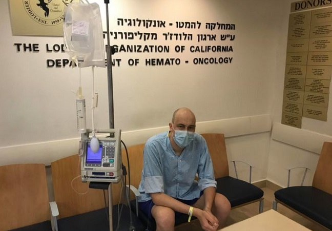Oskar Padok in hospital in Tel Aviv.