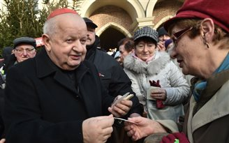 Kardinal Stanisław Dziwisz geht in den Ruhestand