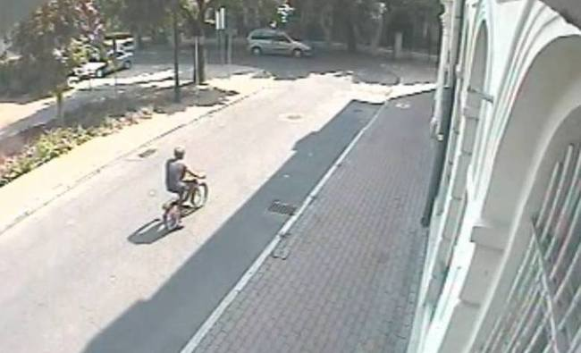 Surveillance footage of the suspect. Photo: KWP
