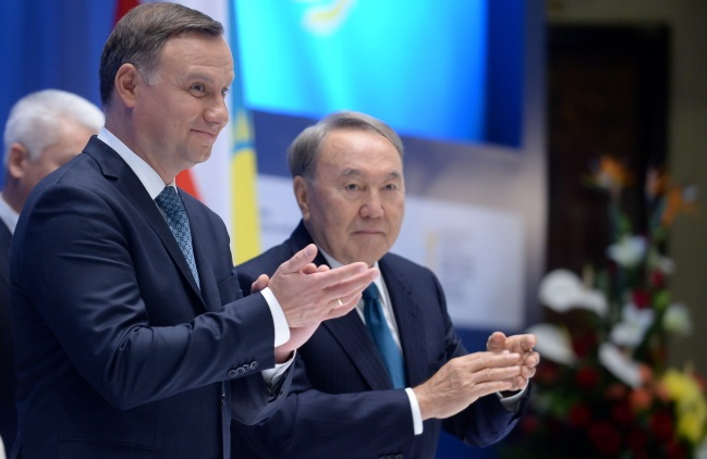 Polish President Andrzej Duda (left) and Kazakhstan's leader Nursultan Nazarbayev in Astana. Photo: PAP/Marcin Obara
