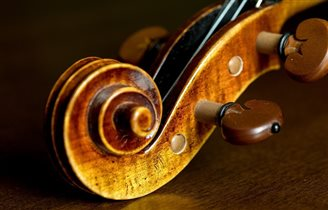 Violinist Anne-Sophie Mutter to perform in Warsaw