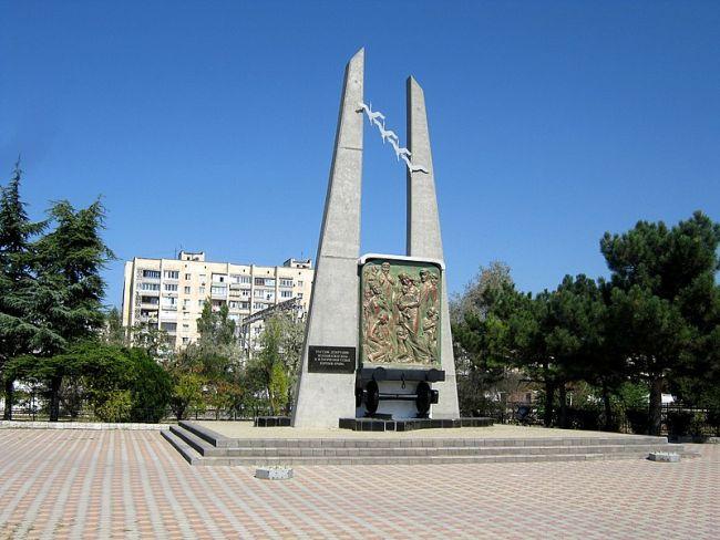 Монумент депортации крымских татар в Евпатории