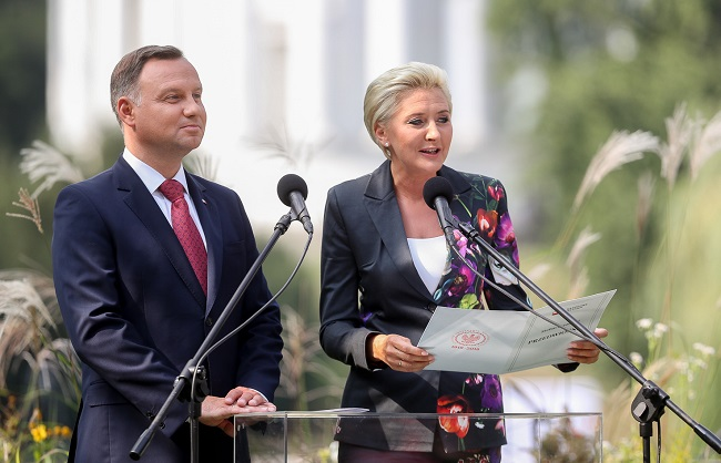 Анджей Дуда и Агата Корнхаузер-Дуда на «Национальном чтении» 2018 года