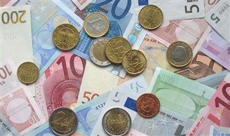 New report looks at implications of euro adoption