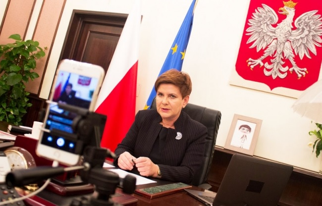 Beata Szydło during her conversation with internet users on Friday. Photo: KPRM