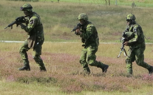 Swedish soldiers during a military exercise. Photo: Wikimedia Commons
