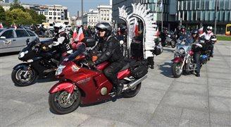 Motocykliści Rajdu Katyńskiego w Kuropatach