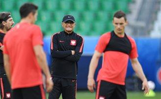 EURO 2016: Poland prepares to face Switzerland