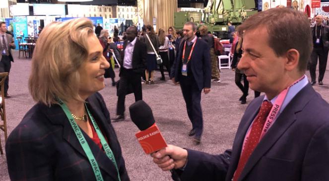 Anna Maria Anders rozmawia z korespondentem Polskiego Radia w USA, Markiem Wałkuskim