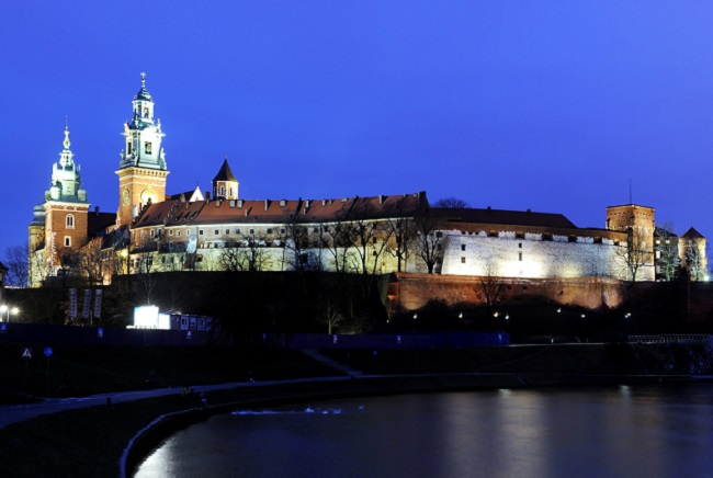 Wawel Hill and the Royal Castle in Kraków. Photo: Wikimedia Commons/Taxiarchos228 (CC BY 3.0).