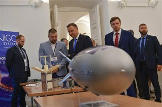 Poland eyeing 3% of global space tech market: president