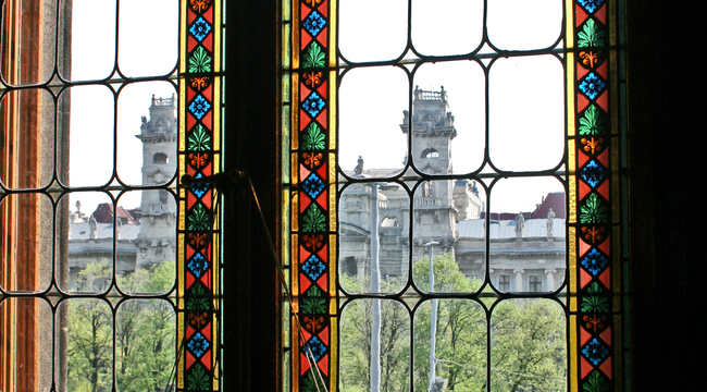 A view through stained glass windows in Hungary's house of parliament. Photo: wikimedia commons