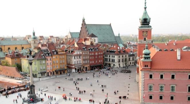 Варшава, вид на Старе місто, праворуч Королівський замок