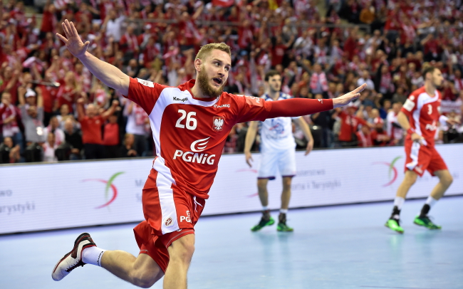 Poland's Michał Daszek celebrates during his team's Friday match against Serbia in Kraków. Photo: PAP/Jacek Bednarczyk