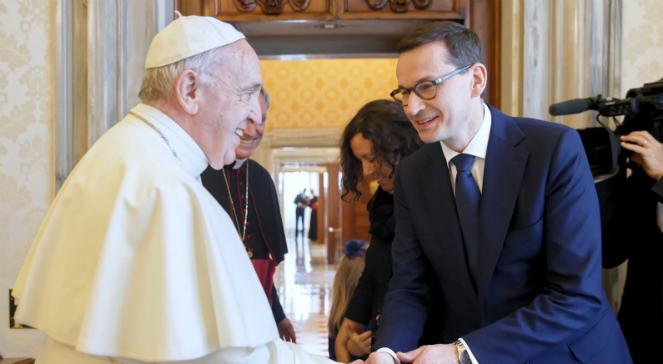 Premier Mateusz Morawiecki podczas audiencji u papieża Franciszka w Watykanie PAP/Krystian Maj/KPRM HANDOUT EDITORIAL USE ONLY NO SALES