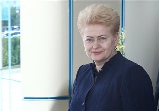 Lithuanian leader says Western powers naive about Russia: report