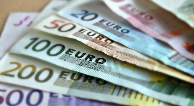 Banknoty euro - zdjęcie ilustracyjne