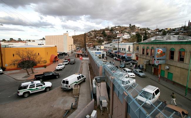 The Mexico-US border. Photo: Wikimedia Commons