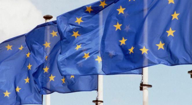 Flagi Unii Europejskiej.