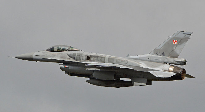 "Polski F-16 ""Jastrząb"""