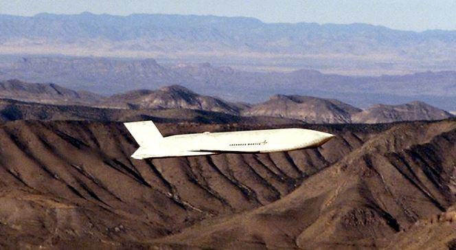 """Американська високоточна ракета AGM-158 JASSM класу """"повітря-земля"""""""