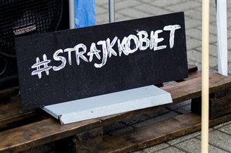 Польские женщины продолжают бороться за свои права
