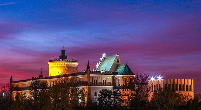 Люблин, вид на Замковою гору: замок, часовня Пресвятой Троицы и донжон.