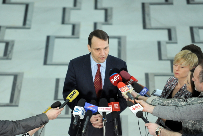 Sejm Speaker Sikorski made some unfounded comments on TV. Photo: PAP/Marcin Obara