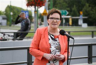 PM Kopacz rebuffs additional referendum questions