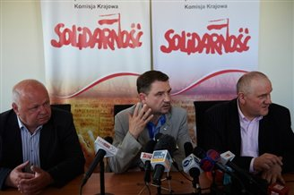 Polish trade unions combine efforts to protest