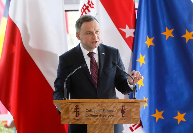 President Duda speaks at the College of Europe. Photo: PAP/Paweł Supernak