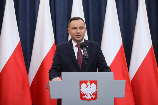 Polish President Andrzej Duda announces he would sign two bills reforming the Supreme Court and the National Judiciary Council on Wednesday 20 December 2017. Photo: PAP/Paweł Supernak