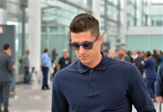 Lewandowski cleared for Champions League semi