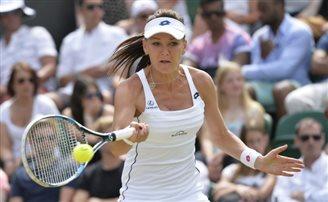 Radwańska into Wimbledon quarter-finals